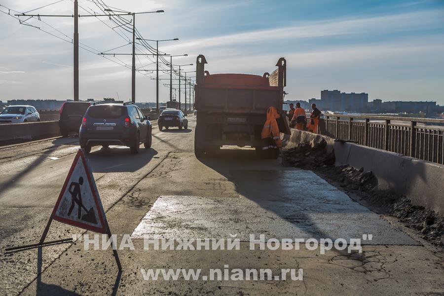 Администрация Нижнего Новгорода планирует начать ремонт половины Молитовского моста в 2016 году