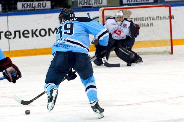 Нижегородское «Торпедо» выиграло у«Сибири» вматче КХЛ
