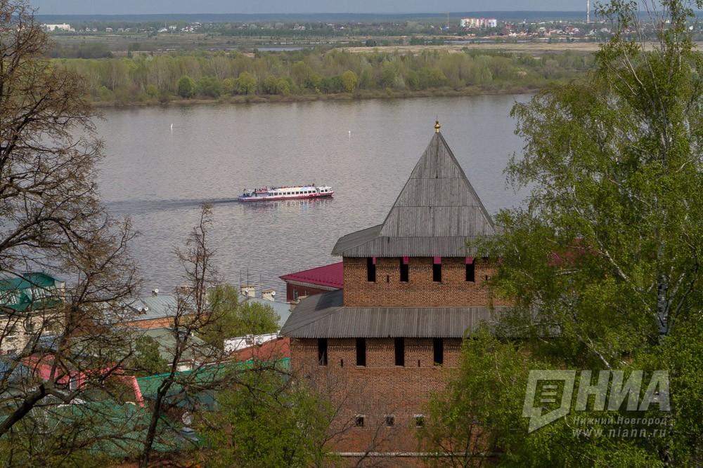 Путин поручил руководству подготовить программу сбережения Байкала иВолги