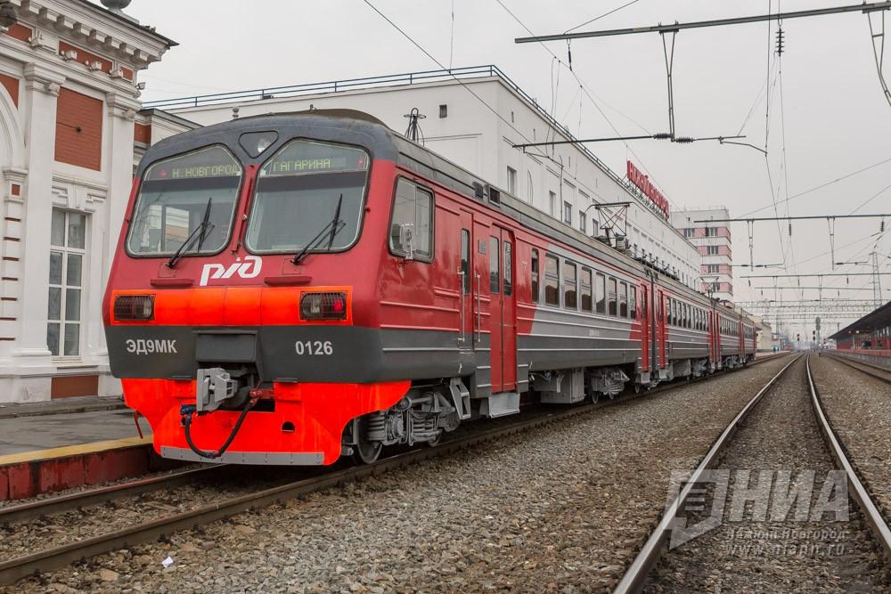 ВНижнем Новгороде шофёр «Волги» пострадал вДТП споездом