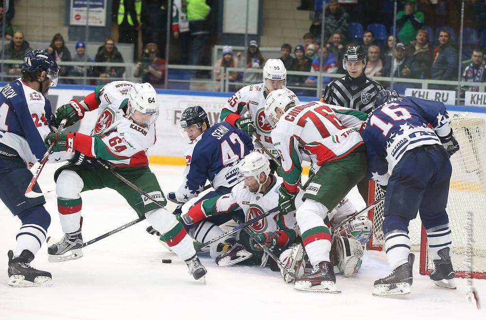 НижегородскийХК «Торпедо» обыграл казанский «АкБарс» вматче КХЛ