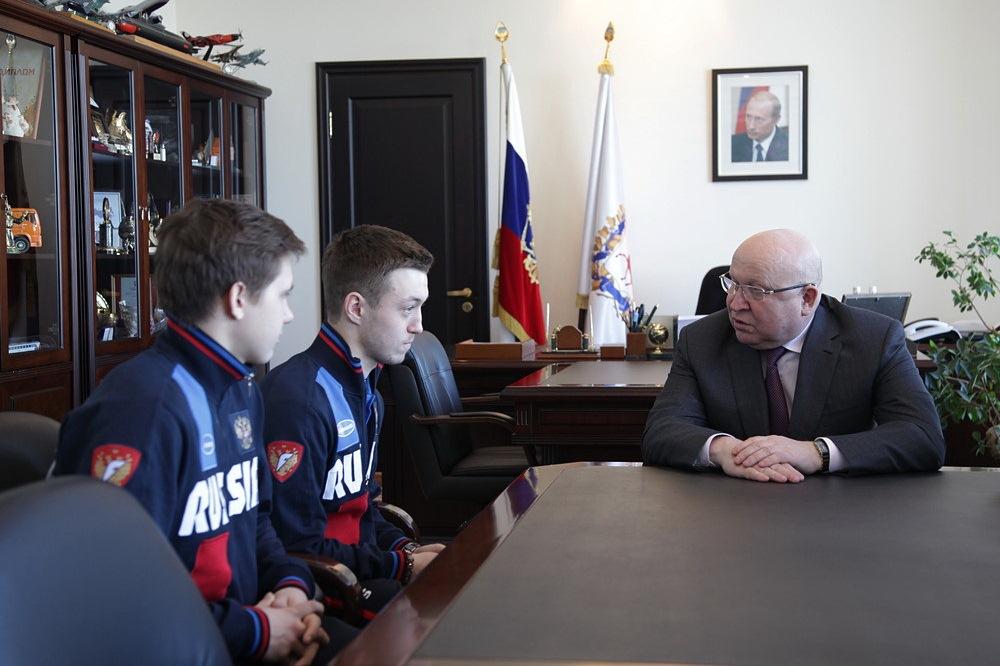 Строительство ФОКов дает огромную поддержку развитию хоккея смячом— Ерофеев
