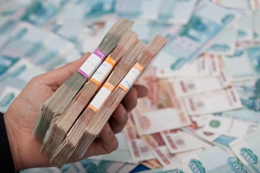 Средний размер взятки нижегородским депутатам составил неменее 49,5 тыс. руб.