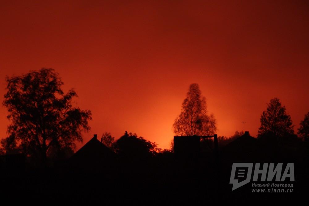 Сильный пожар вспыхнул наскладе вАрзамасе минувшей ночью