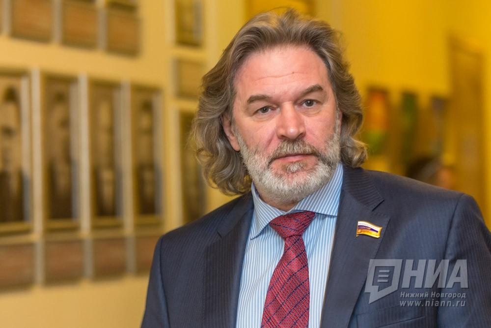 Александр Табачников ушел в«Ростатом»