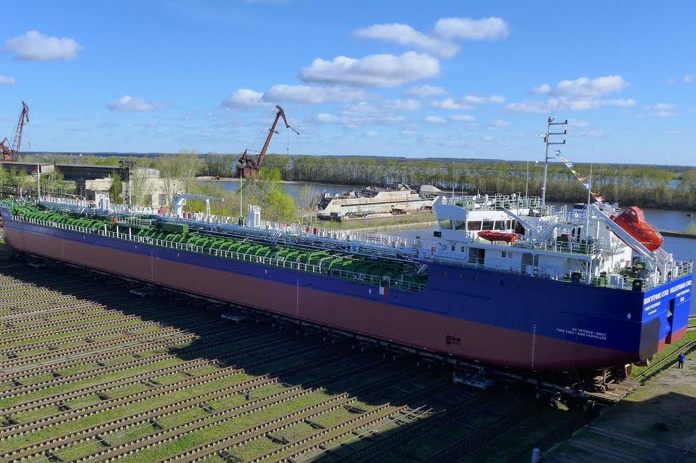 «Красное Сормово» спустило наводу 2-ой танкер-химовоз для «Волготранса»