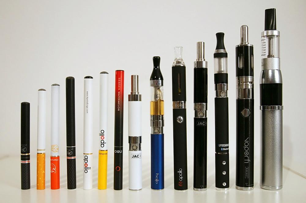 Нижегородские народные избранники добиваются ограничения продажи электронных сигарет в РФ
