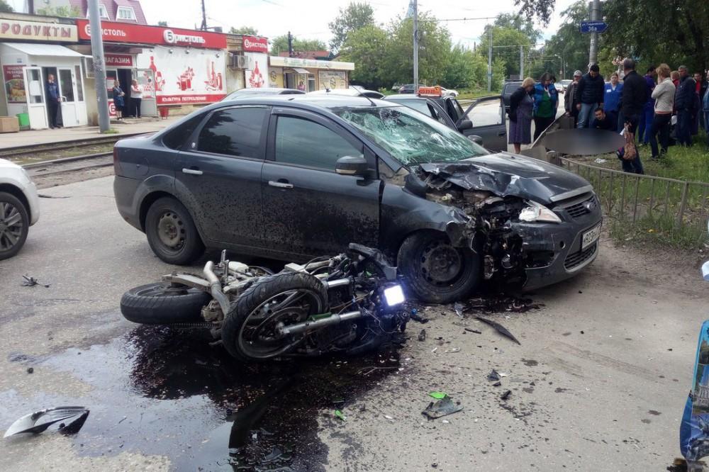 ВНижнем Новгороде насмерть разбился мотоциклист