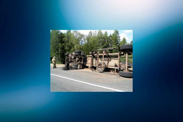 Шофёр ВАЗа умер при столкновении с грузовым автомобилем вБалахнинском районе Нижегородской области