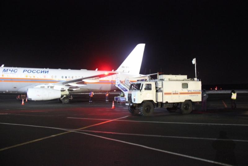 Спецборт МЧС Российской Федерации  эвакуировал четверых больных в большие  поликлиники
