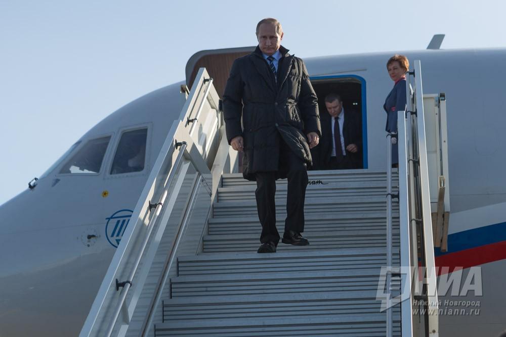 Песков разъяснил причину роста доходов В.Путина в предыдущем году