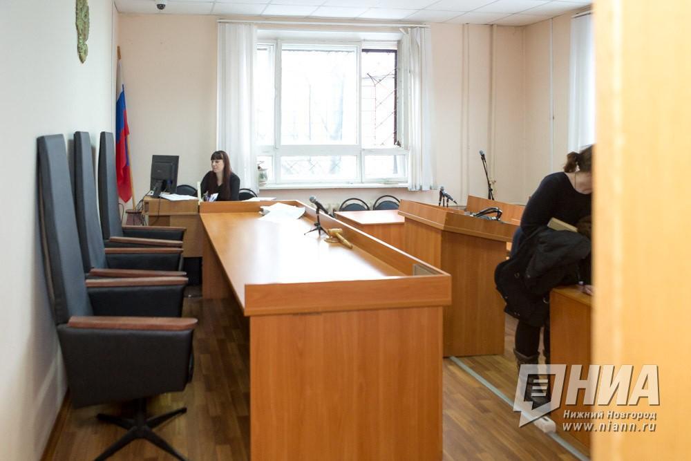 Экс-полицейский в Семёнове Нижегородской области предстанет перед судом по обвинению в поддержке организаторов игорного клуба