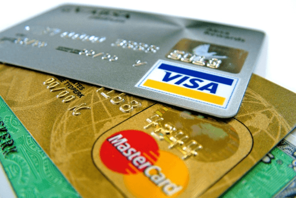 Мошенники списали с банковских карт нижегородцев более 53 тысяч рублей