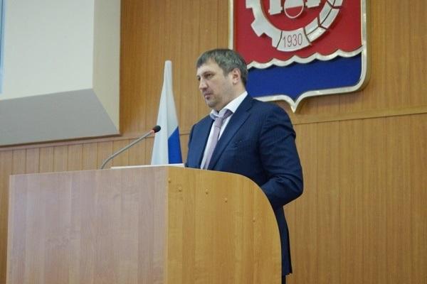 Депутаты Думы Дзержинска поддержали отчет Ивана Носкова