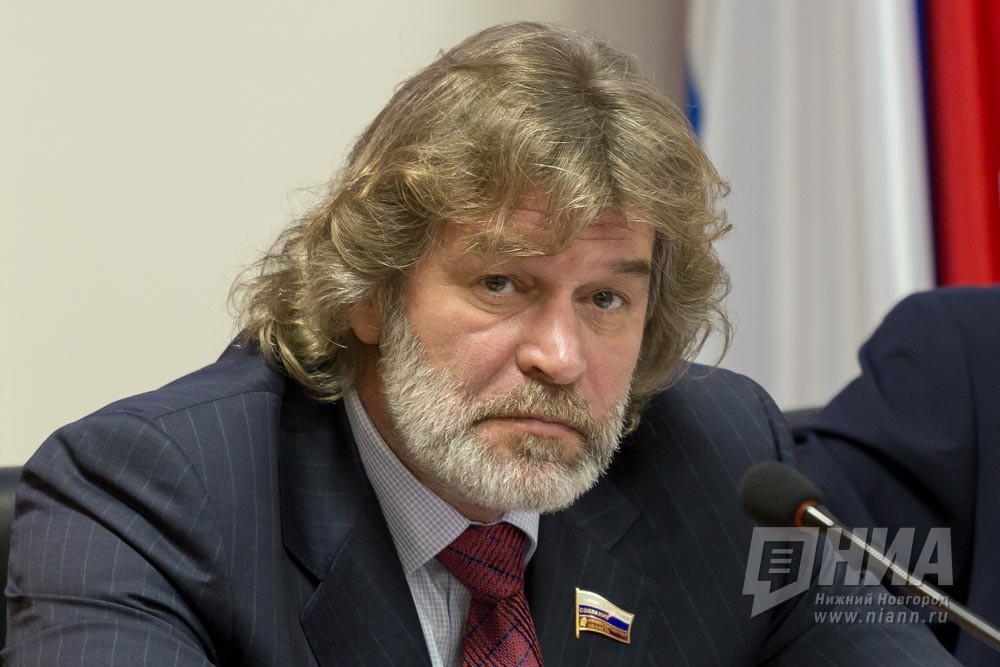 """""""Озвучивая планы, губернатор подчеркнул, что задача стоит в достижении конкретных социальных результатов"""", – Александр Табачников"""