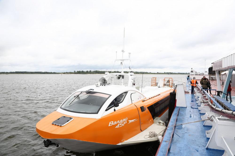 """Суда на подводных крыльях """"Валдай"""" начали курсировать по маршруту Нижний Новгород - Городец"""