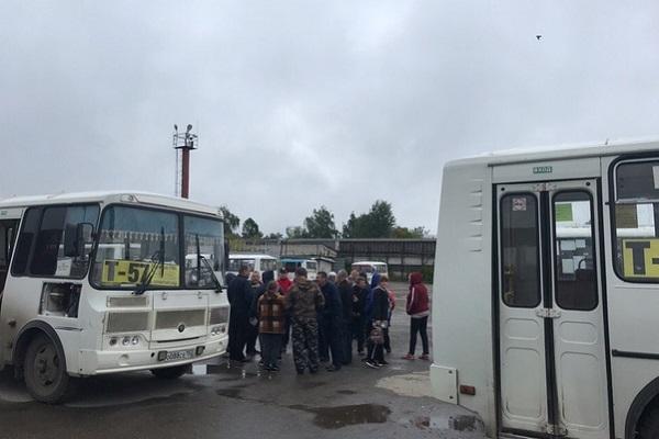 Автобусы в Балахне снова вышли в рейсы после забастовки водителей