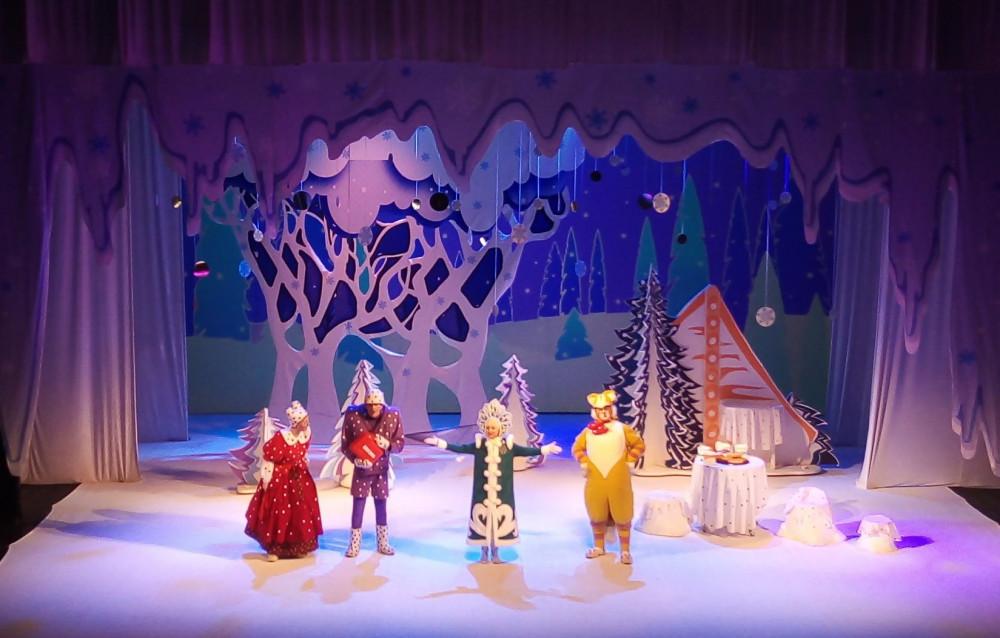 Детские новогодние праздники и спектакли разрешили проводить в Нижегородской области