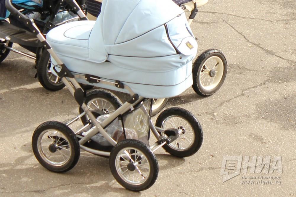 Нижегородцы нашли брошенную коляску с ребенком